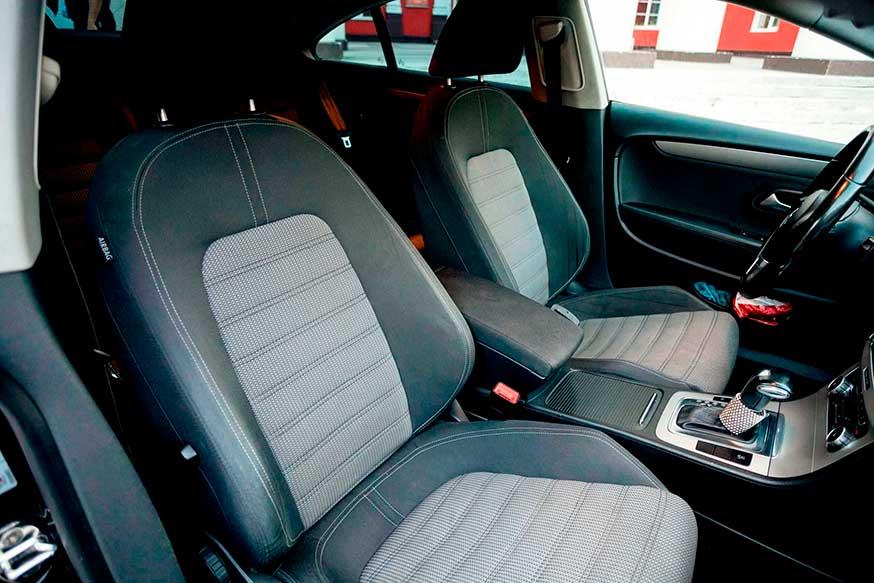 Передние сидения автомобиля Wolksvagen - Трансфер из Калининграда